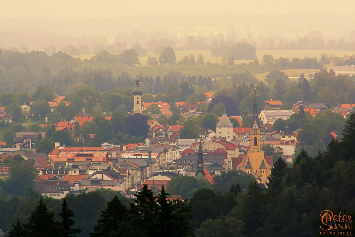 Bad Tölz vom Buchberg aus gesehen.