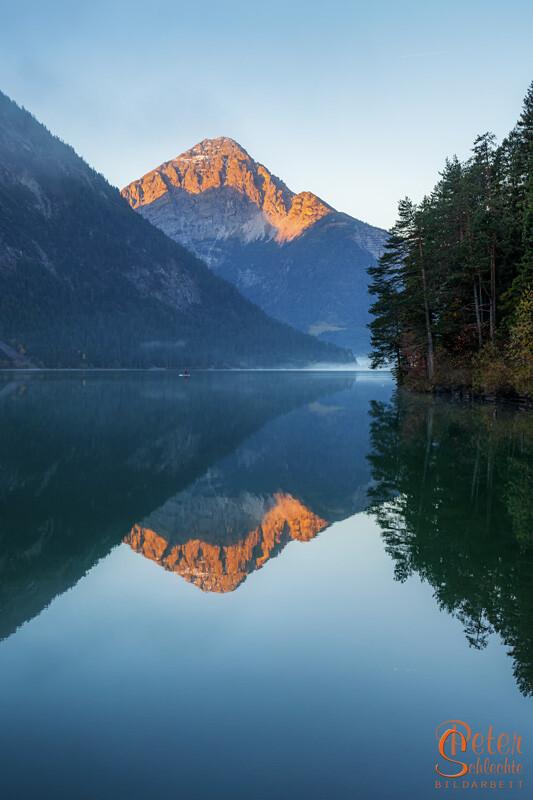 Thaneller in der Morgensonne hinterhalb vom Heiterwanger See.
