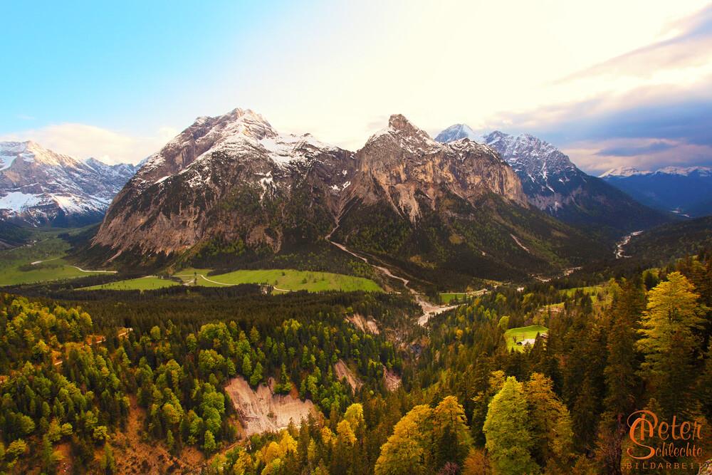 Falkengruppe im Karwendel im Frühling.