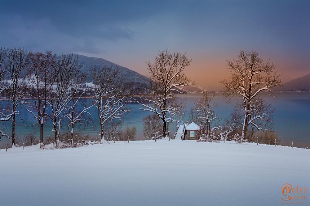 Tegernsee im Winter in der Nähe von Gmund.