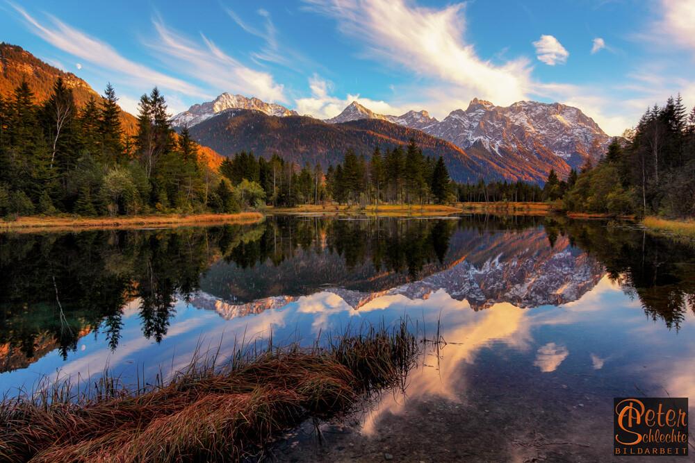 Krünsee am Karwendelfuß zum Sonnenuntergang.