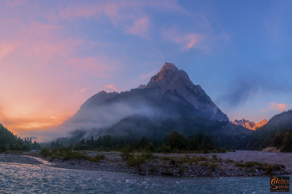 Im Rissbachtal / Karwendel zum Sonnenaufgang.