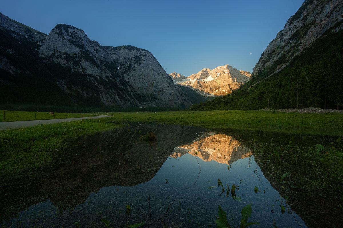 Großer Ahornboden im Enger Talgrund zum Sonnenaufgang.